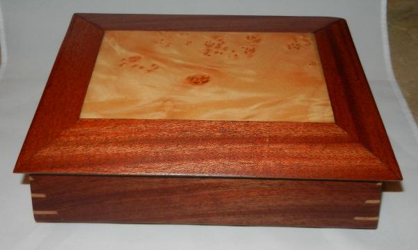 Sapele keepsake box