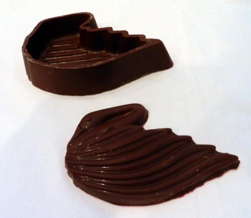 chocolate_swan._openjpg